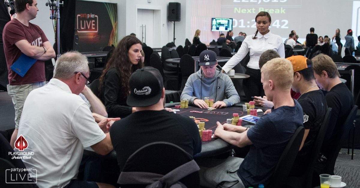 Stream the final table of the Main Event